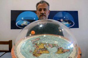 Konspirasi Flat Earth Yang Konyol Dijadikan Beberapa Film Movies